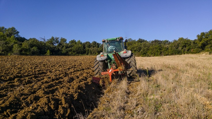 tractor-1732144_960_720